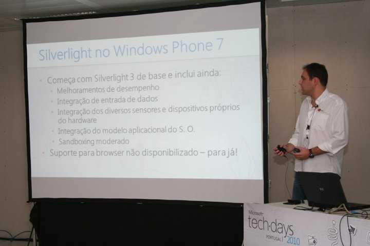 Windows Phone 7 development with Silverlight - Microsoft Techdays Portugal 2010